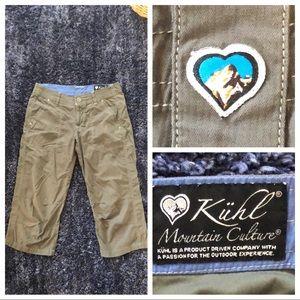 Kühl Women's Size 4 Crop Pants in green EUC